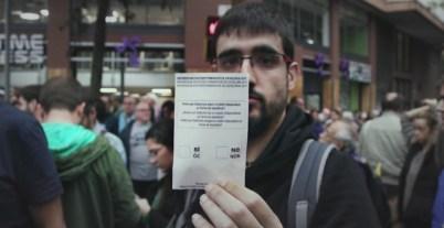 Imatge del documental '1-O', sobre la jornada del referèndum de l'1 d'octubre. / Mediapro