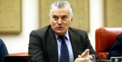 El extesorero del PP, Luis Bárcenas, durante su comparecencia en el Congreso - EFE