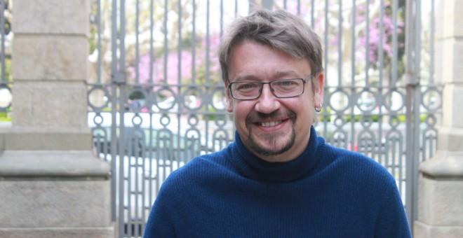El coordinador general de Catalunya en Comú, Xavier Domènech, a l'exterior del Parlament. | Marc Font.
