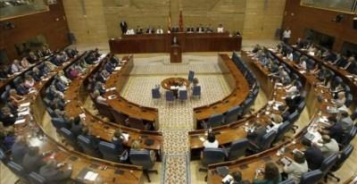 Pleno de la Asamblea de Madrid. / EFE