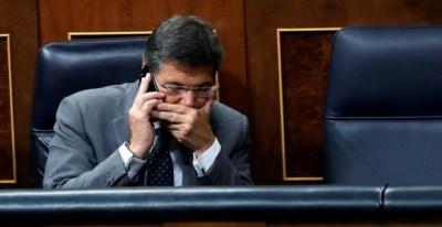El ministro de Justicia, Rafael Catalá, durante el pleno del Congreso de los Diputados. - EFE