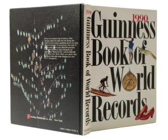 1990 Guinness Book of World Records Hollow Book Safe
