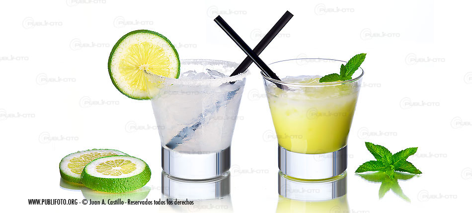 Cocktail lima, limón, vodka