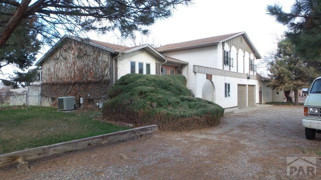 202 La Vista Rd, Pueblo CO 81005
