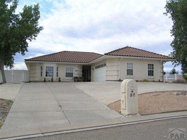 37 Tierra Casa Dr Pueblo, CO 81005
