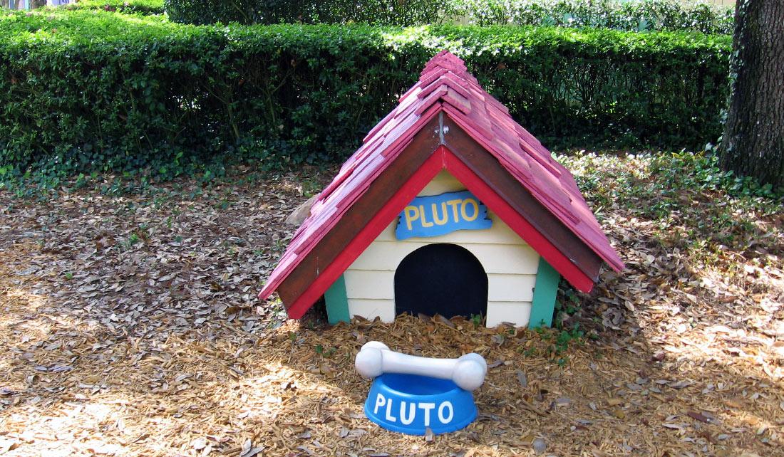Casa de Pluto - Magic Kingdom