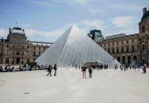 Museo Louvre (París, Francia).