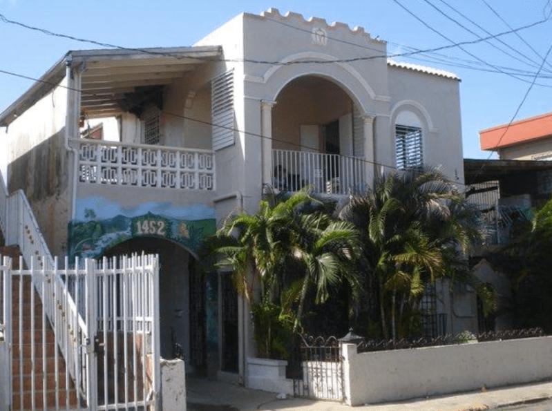 1452 Calle America - Santurce.