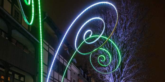 Leuchtspiralen verschwinden, Pitti kommt wieder