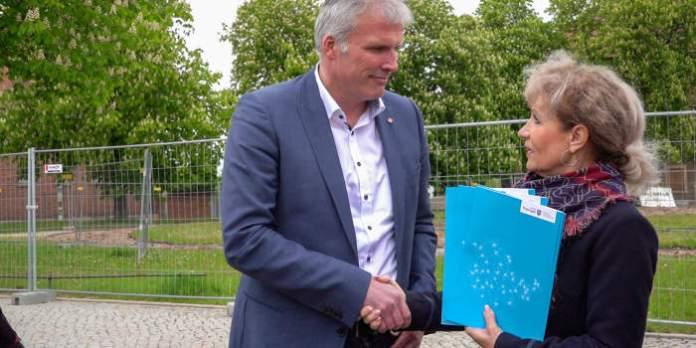 Rund 4,4 Millionen Euro: Förderbescheide für Erfurt übergeben