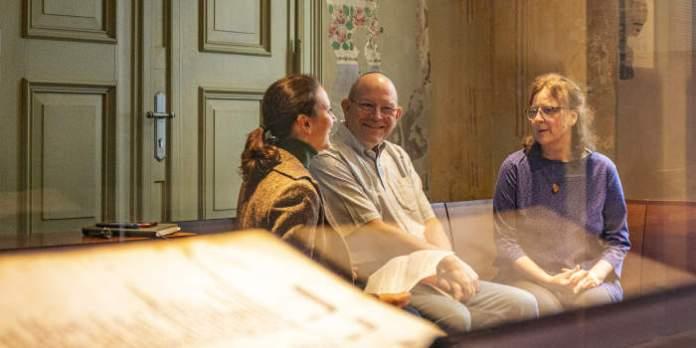 Spannendes Forschungsprojekt für Judaist in Residence: Prof. Dr. Steven Fine und die Rötelzeichnung