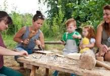 Traditionelle Holzwerkstatt im NaturErlebnisGarten