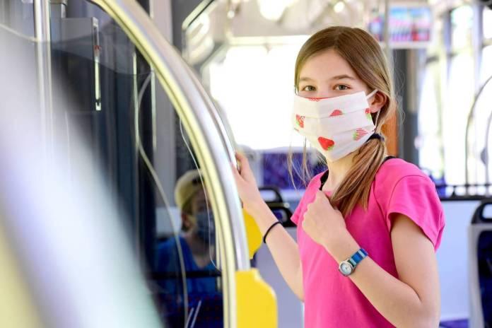 Erfurt: Straßenbahnfahren mit Maske