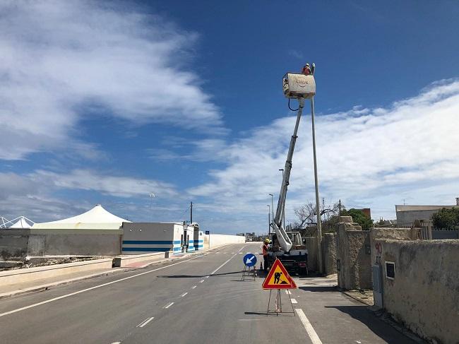 lavori impianto di illuminazione strada della marina
