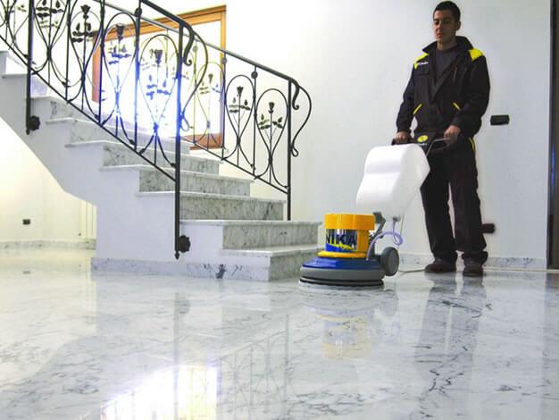 Pulido de pisos clean center