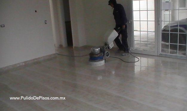pulido de piso de mármol