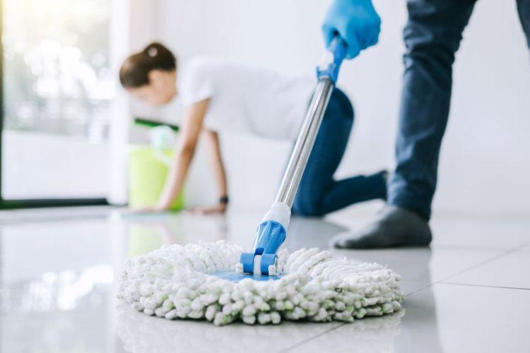 como limpiar los pisos con cloro y desinfectar