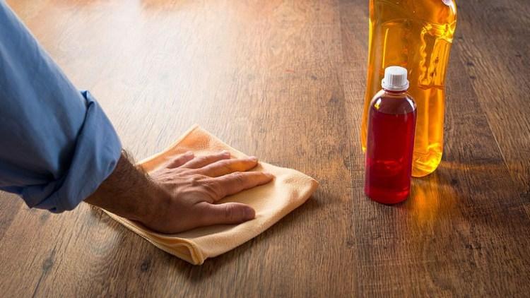 cómo limpiar los pisos de madera