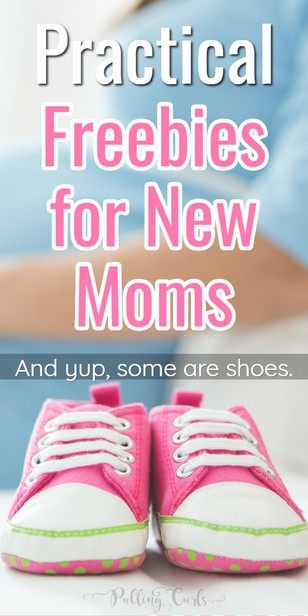Freebies for new moms / Pregnancy Freebies / Pregnancy Freebies / Free prenatal class #pregnancy #babies #newmoms via @pullingcurls