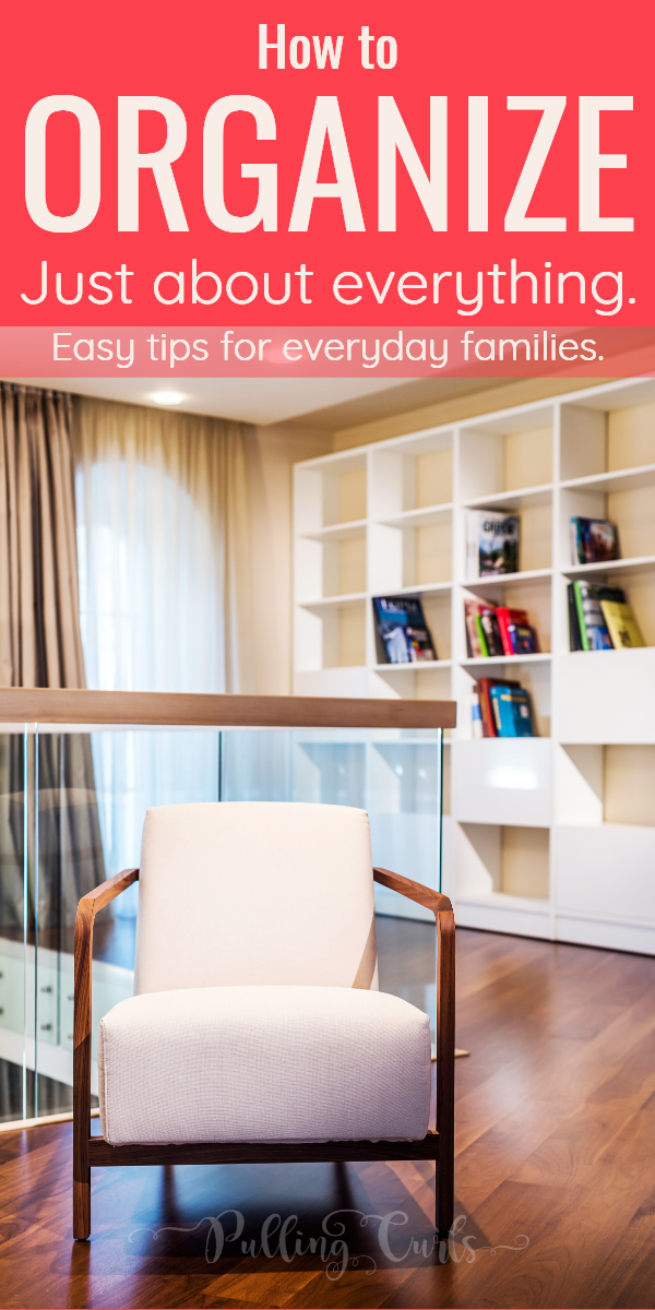 An organized home isn't just books sitting nicely on a shelf. It's so much more. It's a feeling that you long for. The feeling of peace in an organized home, filled with love. #organized #organization #OrganizedHome #HomeOrganization via @pullingcurls