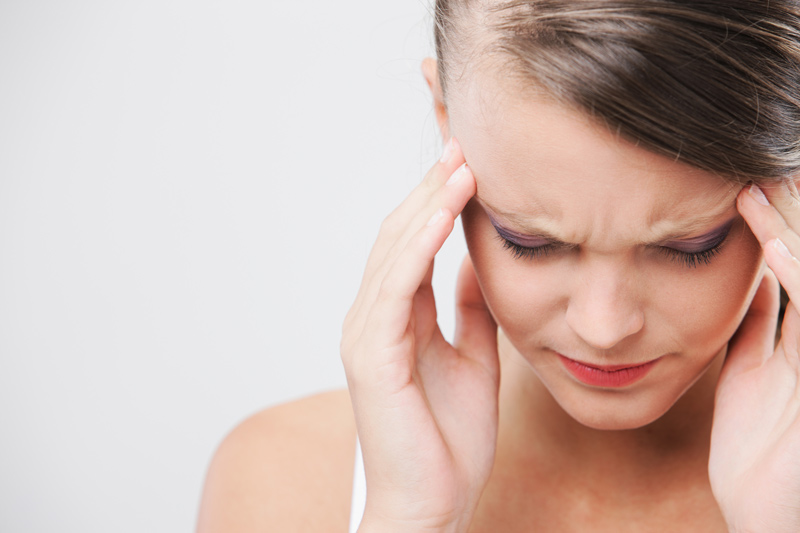 Jakie czynniki wywołują migrenowe bóle głowy?