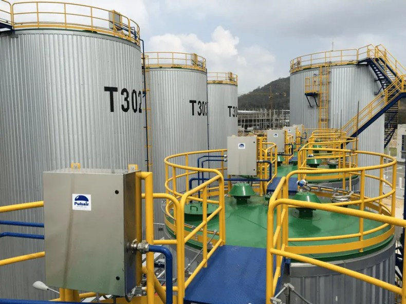 compressed gas mixing pulsair systems