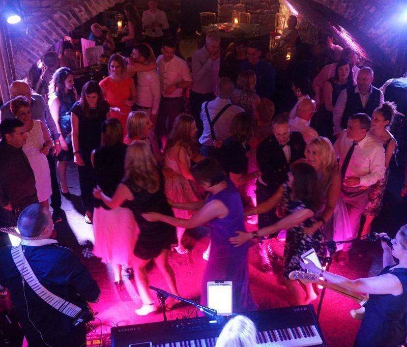 Pulse Wedding Band Glasgow busy dancefloor