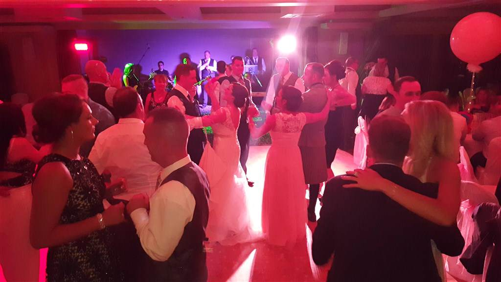 Pulse wedding band motherwell glasgow & ayrshire play at dalziel park