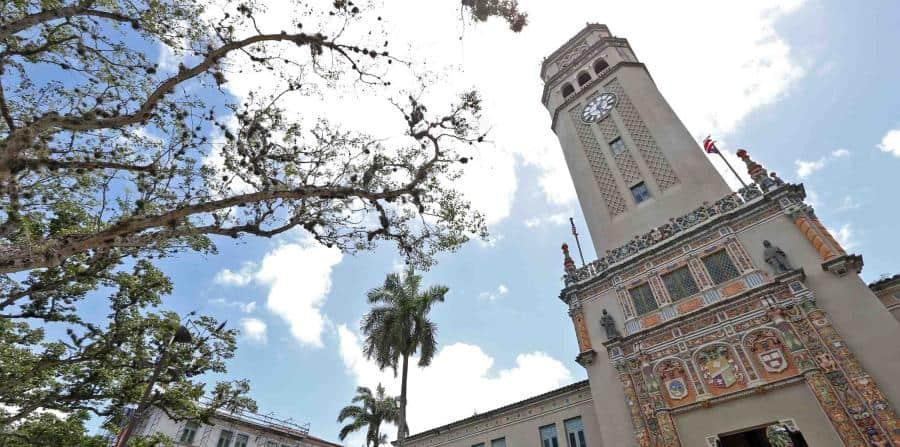 Senadores estudiantiles exigen transparencia en procesos institucionales