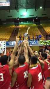 Celebración campeonato baloncesto 2016