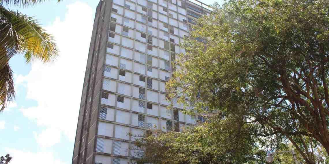 Piden desalojos en Torre Norte y Plaza Universitaria