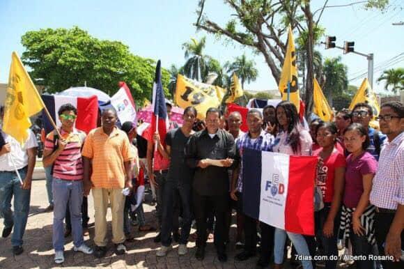 Apoyo dominicano a la huelga UPR