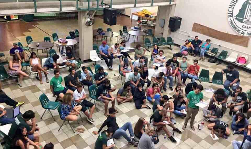Movimientos estudiantiles responden a la administración UPR