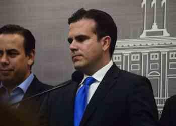 Emplazan al gobernador para aumentar salario mínimo y reducir la jornada laboral