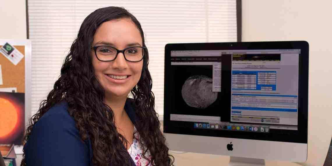 Nombran asteroide en honor a profesora de la UPR Humacao