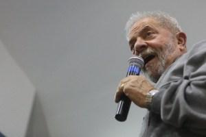 El ex presidente de Brasil, Luiz Inácio Lula da Silva, participa durante un acto en defensa de los derechos laborales, en la ciudad de Sao Paulo el 9 de septiembre. Foto Xinhua (Pie de foto e imagen desde portal www.jornada.unam.mx)