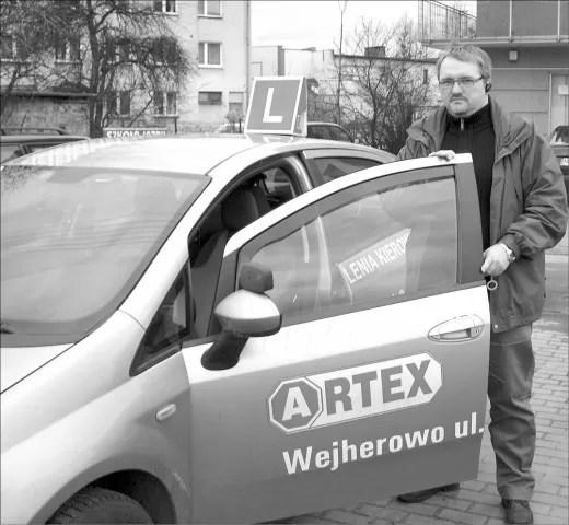 Arkadiusz Żukowski jest instruktorem jazdy od 14 lat.