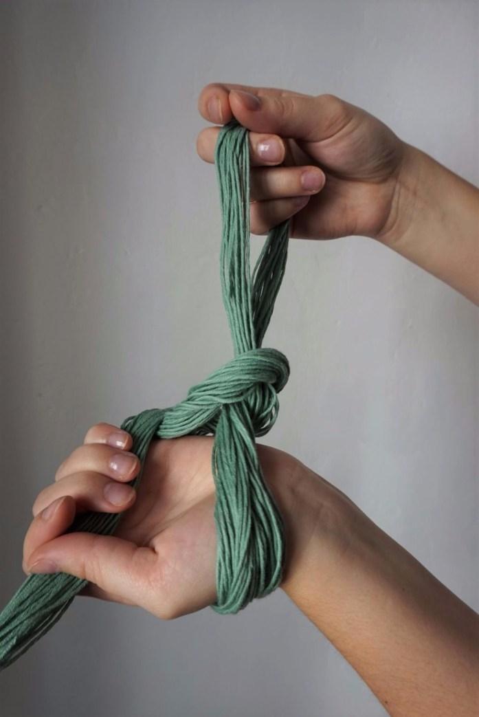 montage de la chainette pour u métier à tisser partie 5