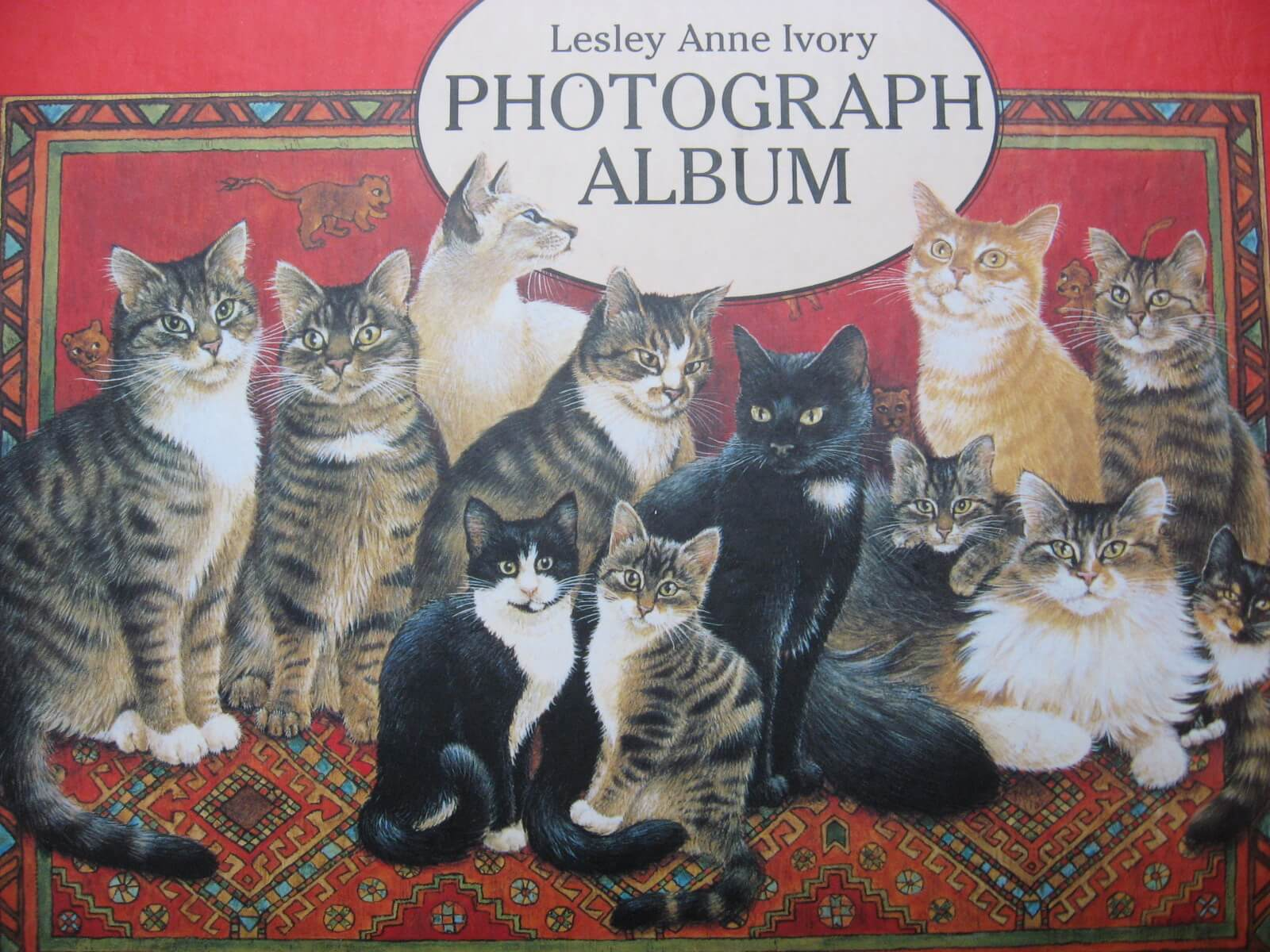 Lesley Anne Ivory Cat Lover Photograph Album_Cl_PumpjackPiddlewick