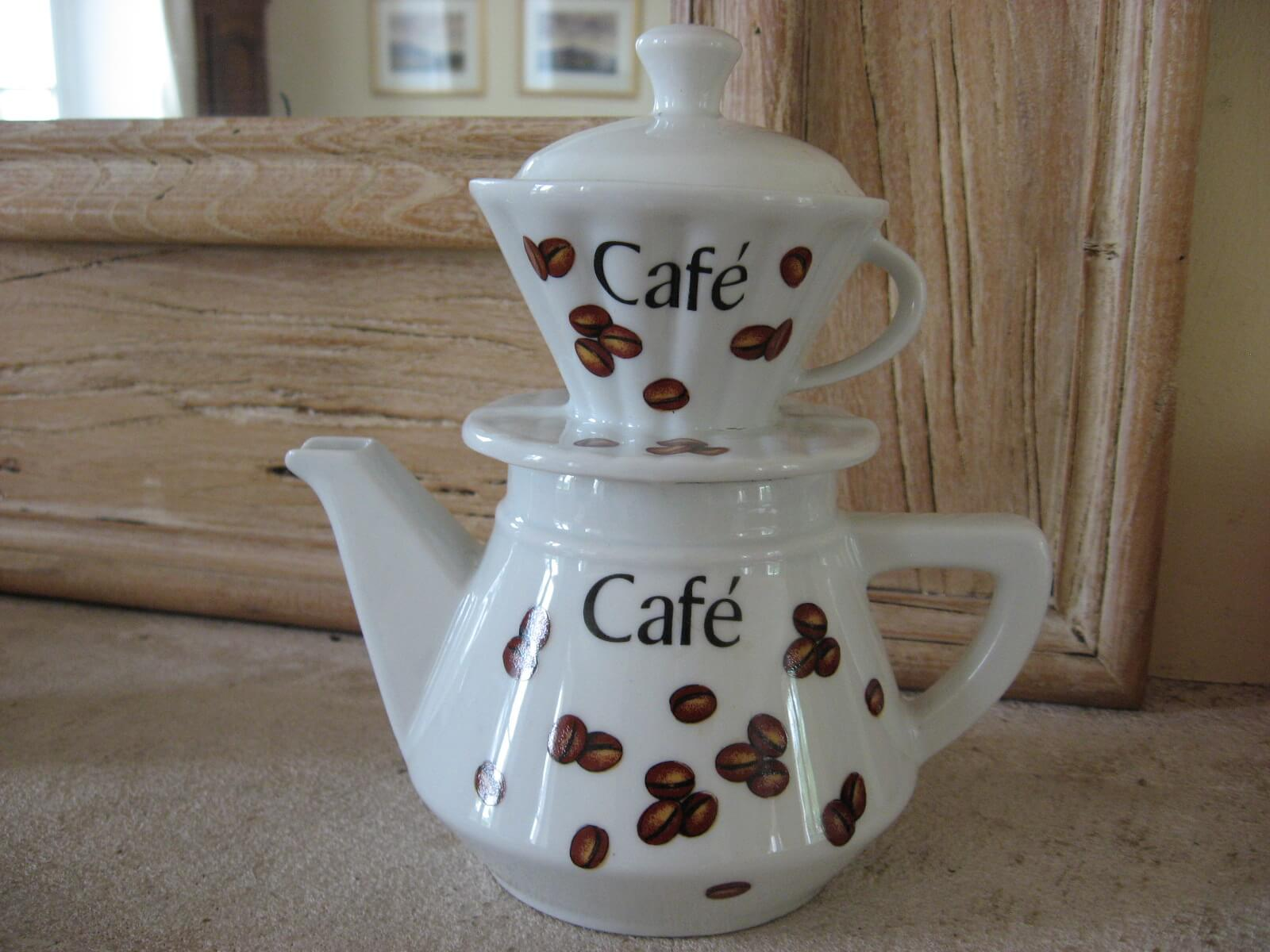 Porcelain coffee filter pot at PumpjackPiddlewick