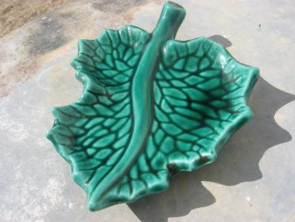 Vine leaf green ceramic wine Vallarius at PumpjackPiddlewick