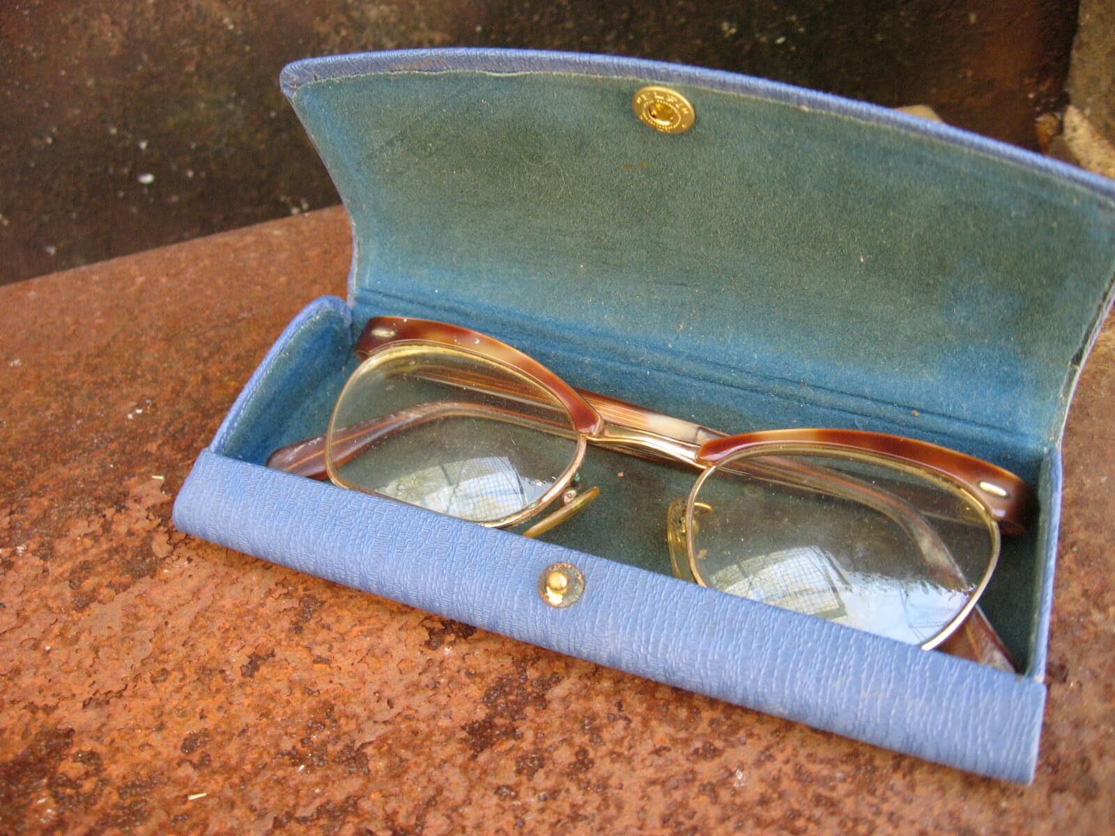 1950s browline ladies eyeglasses amber and gold classic with case_A_PumpjackPiddlewick
