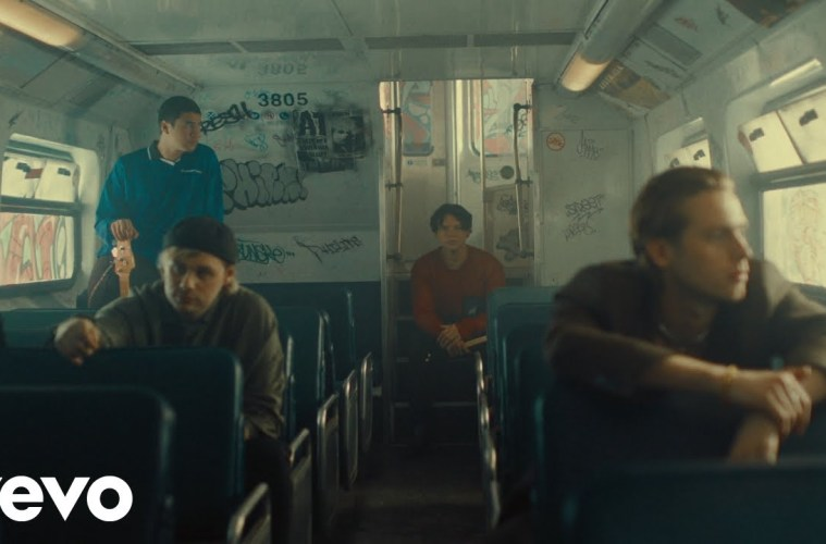 5 Seconds of Summer – Old Me (Official Video)