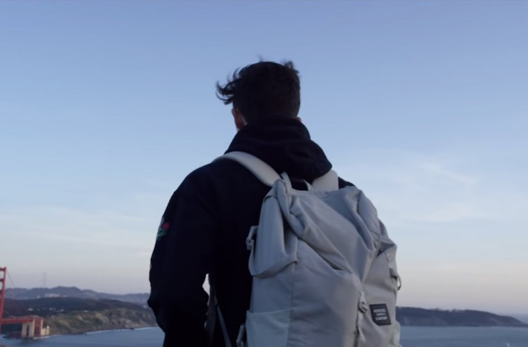 Petit Biscuit – Sunset Lover (Official Video)