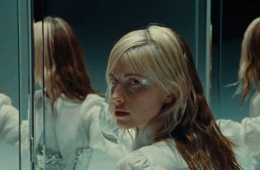 Hayley Williams – Dead Horse [Official Music Video]