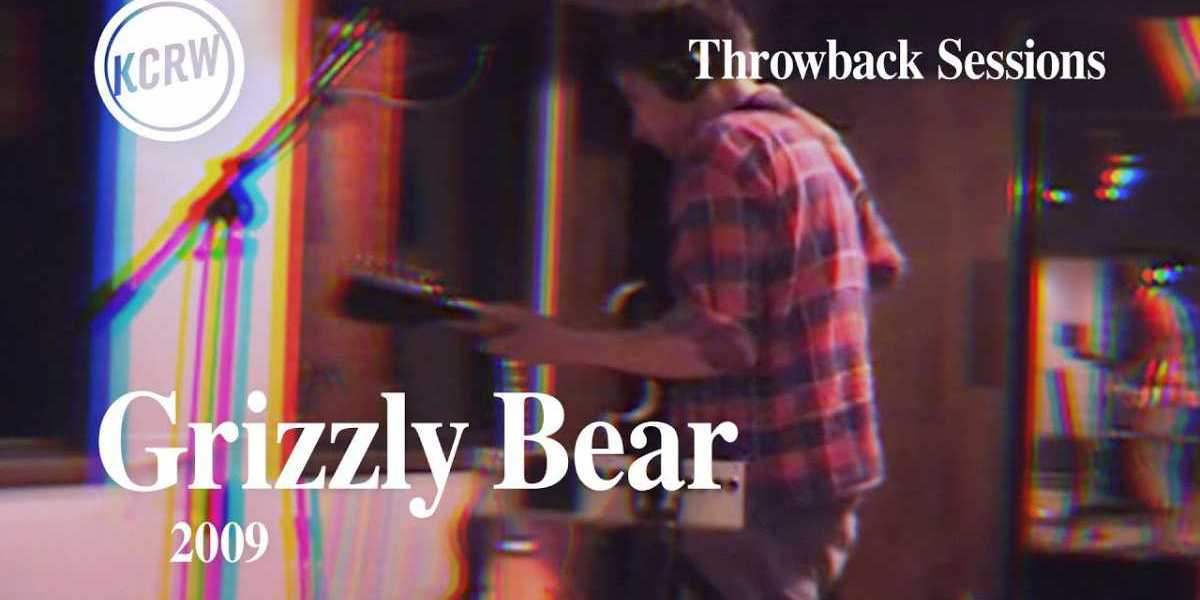 Grizzly Bear – Full Performance – Live on KCRW, 2009