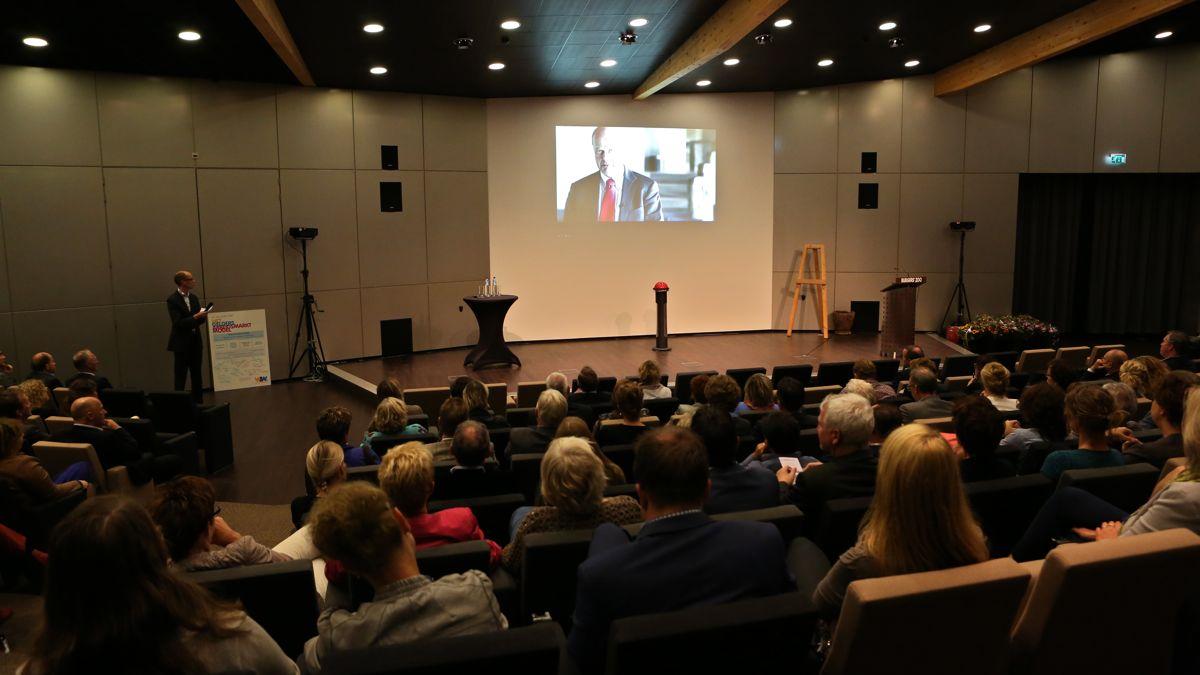 Jan Jacob van Dijk videoboodschap WZW transitie congres 2013