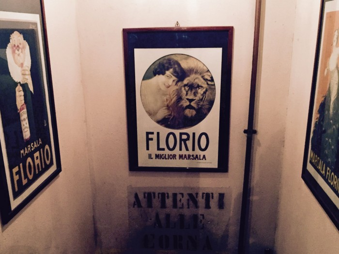 Non solo lesso, Milano, attenti alle corna