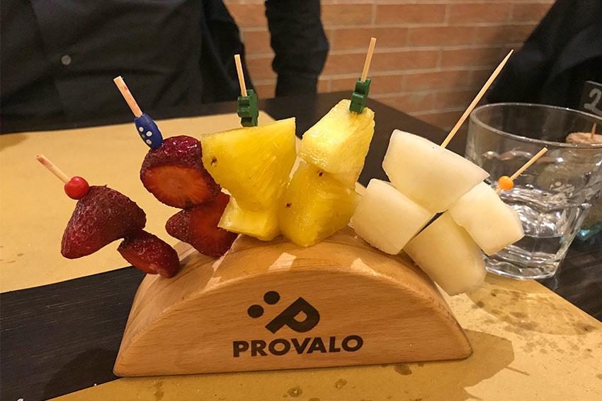 spiedini-frutta-fresca