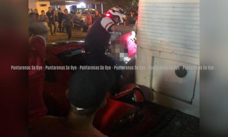 Photo of Falleció mujer que quedó prensada entre las latas de vehículo en Miramar